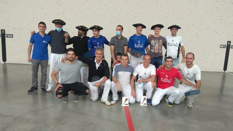 Albiasu-Erburu (Primera), Urtasun-Linzoain (Segunda) y Goldaraz-Oroz (Tercera) vencen en los Masters  y se llevan las primeras txapelas de la temporada de paleta goma